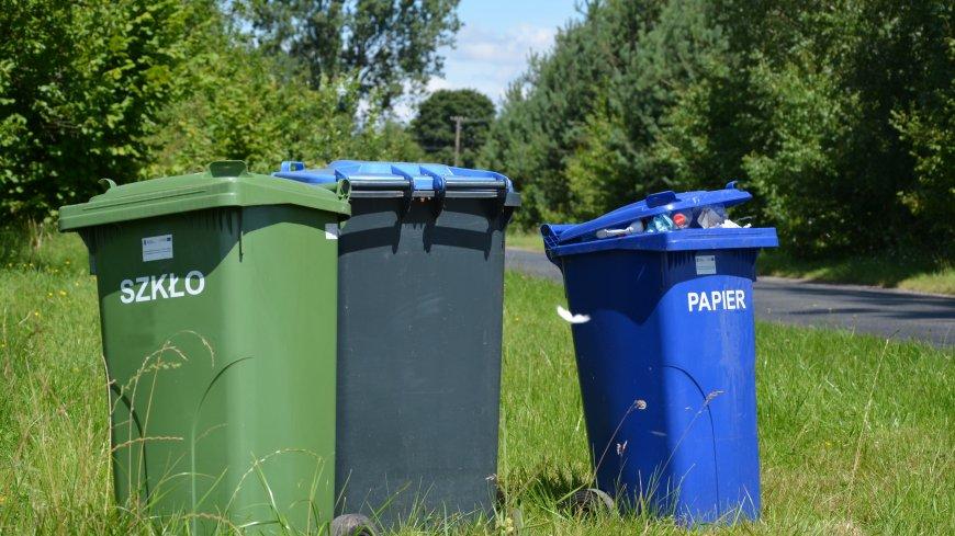 Informacja o zbiórce pojemników na odpady przez firmę FCC Polska (zdjęcie poglądowe)